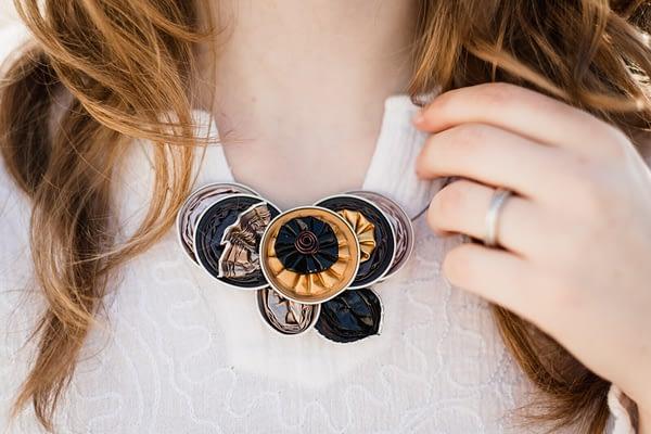 Romantický náhrdelník z blízka